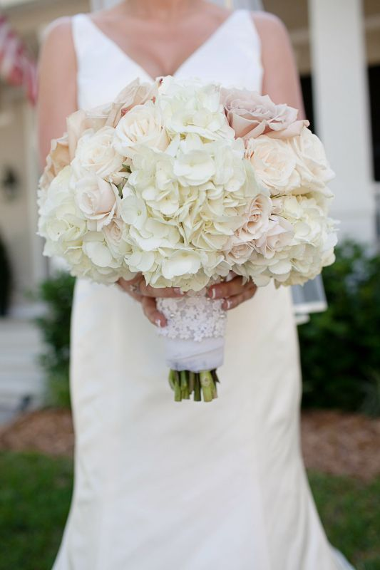 Bouquet Inspiration :  wedding bouquet flowers pink white Bouquet Idea