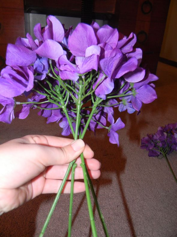 Bridal bouquet instructions on using silk flowers ...