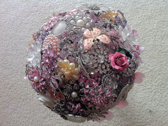 First Try at My Brooch Bouquet :  wedding bouquet bridal brooch floral flowers pink white Brooch Proof 012