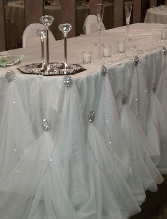 Head table draping for Beauty on table