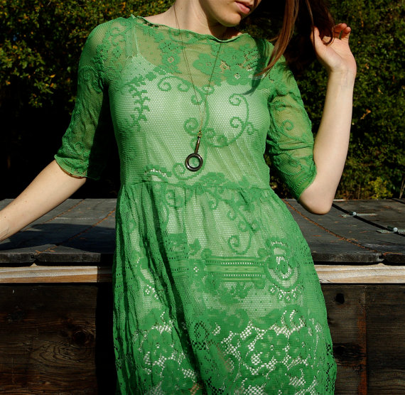 Emerald green lace dress pictures