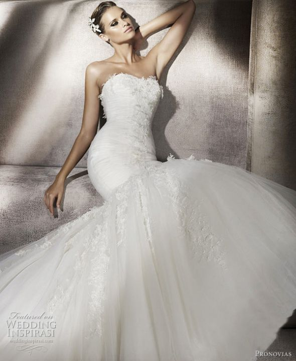 i've found my dress!!! :) :  wedding dress fishtail fitted lace mermaid wedding dress white Pronovias Piscis 2012 Wedding Dress