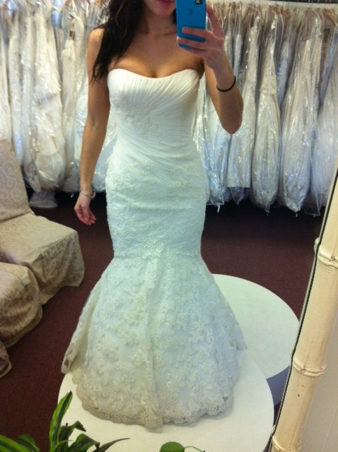 WHICH GOWN? (Last time I promise!) :  wedding dress ivory white Enzo