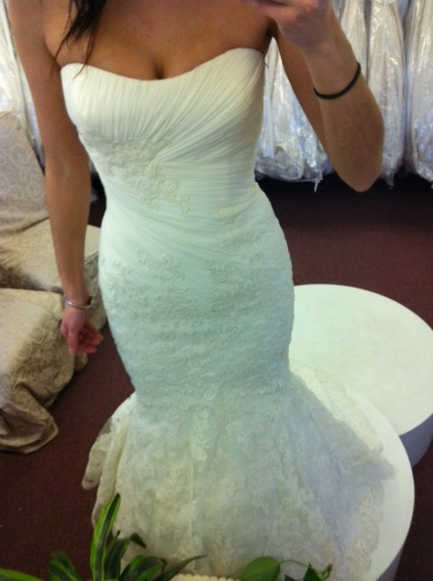 WHICH GOWN? (Last time I promise!) :  wedding dress ivory white Enzoa3