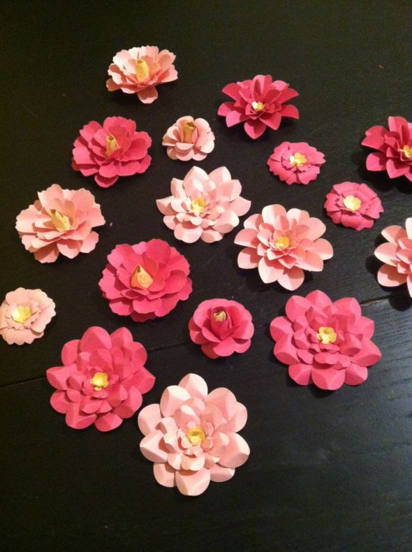 Paper flowers for escort cards