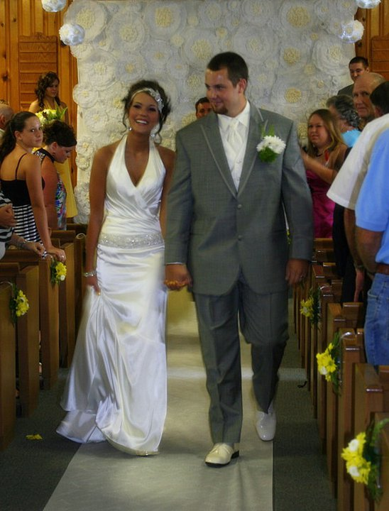 DIY backdrop wedding diy inexpensive easy ivory yellow ceremony 294939