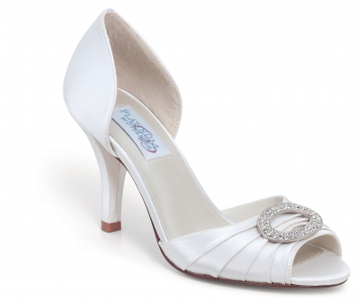 Dyeable Shoes  Weddings on Dyeable Shoes Liz Rene  Benjamin Walk  Touch Ups And More    Wedding