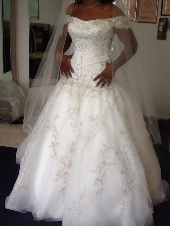 Wedding Dresses Size 10