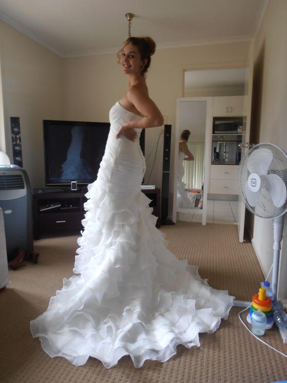 Jiangnan Dadao Bei Bridal Wedding Dress Street Guangzhou Guangdong ...