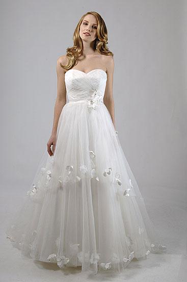 Alfred Sung Wedding Dresses