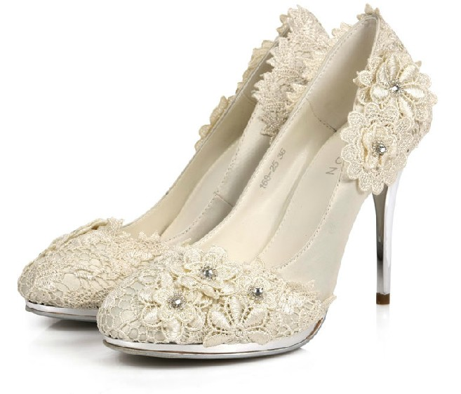 What do you think of these wedding shoes ? - Weddingbee