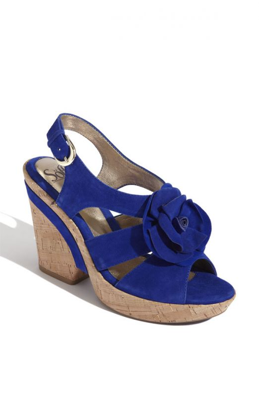 Great Blue Wedge Wedding Shoes 522 x 800 · 30 kB · jpeg