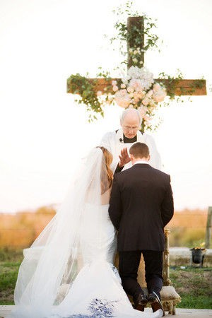 Awesome Cross For Wedding Ceremony Contemporary - Styles & Ideas ...