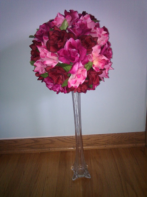 Rose pomander centerpieces weddingbee photo gallery