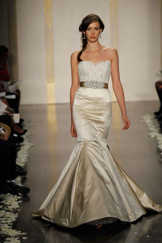 Lazaro 3207 Brand New For Sale wedding dress 1lazaro 3207
