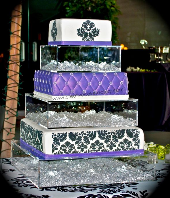 Acrylic Cake StandHelp Me Find Please