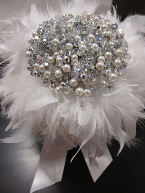 Diy Wedding Flowers Weddingbee : Diy crystal pearl bouquet weddingbee photo gallery