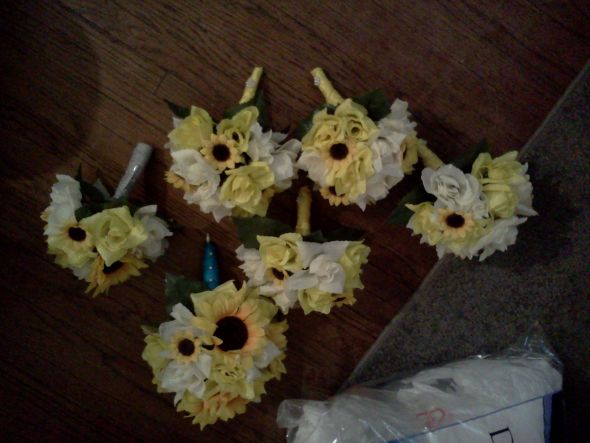 silk sunflower bouquets!