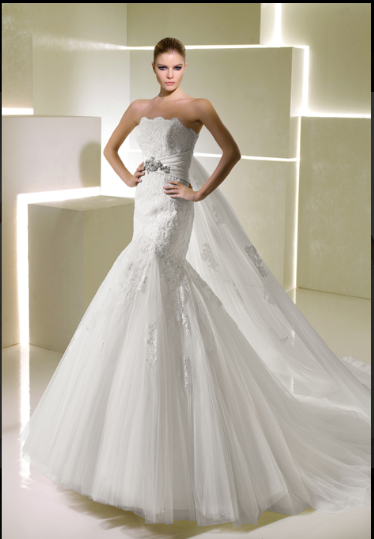 i've found my dress!!! :) :  wedding dress fishtail fitted lace mermaid wedding dress white Seduccion4