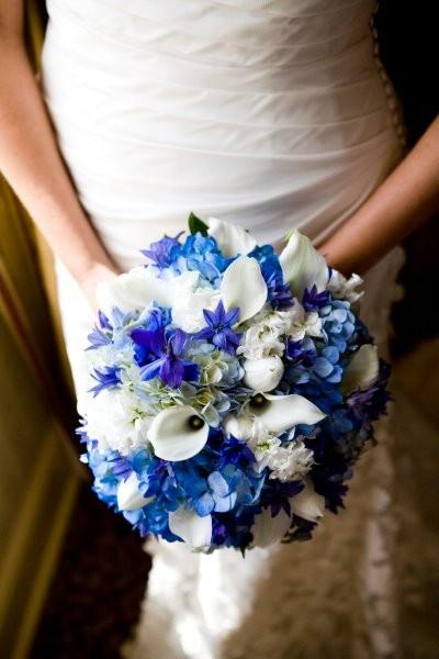 white and blue bouquet? :  wedding Blue White Bouquet