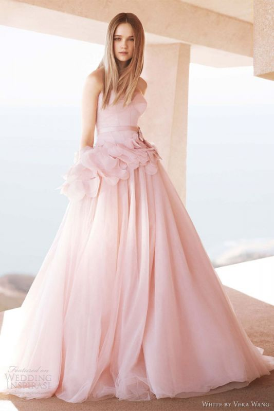 HELP!! BLUSH DRESS: what color of veil to use?