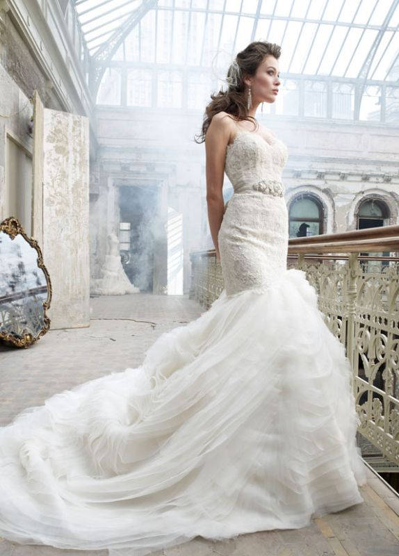 Any Dresses Similar To Lazaro Specially 3201 Or 3200 In