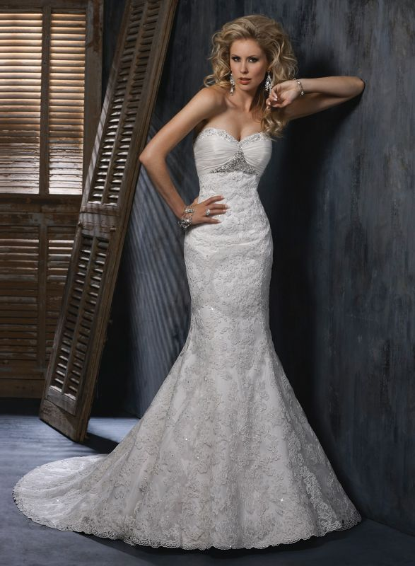 Strapless tight fitting wedding dresses for Tight fitting wedding dresses