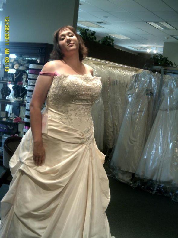 Full figured bras for wedding dresses mother of the bride dresses full figured bras for wedding dresses 46 junglespirit Gallery