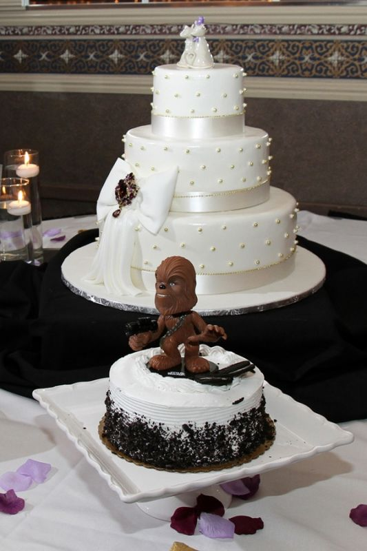 show me your groom 39 s cake weddingbee