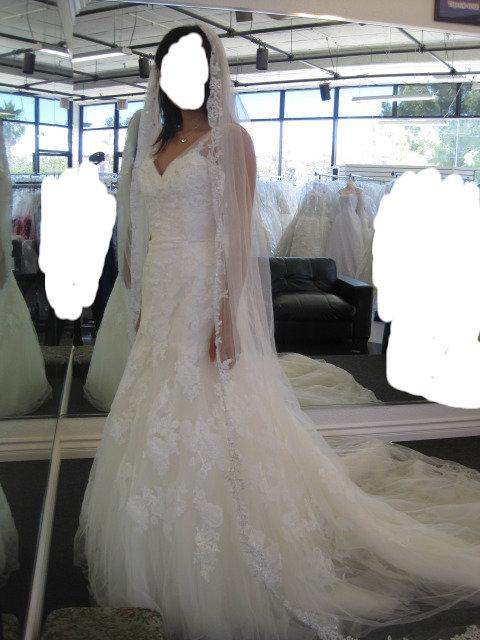 2013 Enzoani Brides