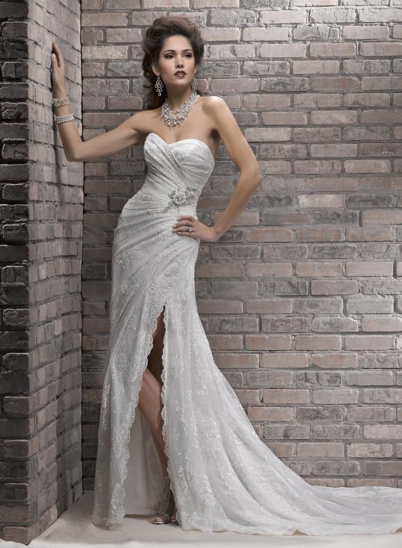 Свадебные платья с разрезом фото 7