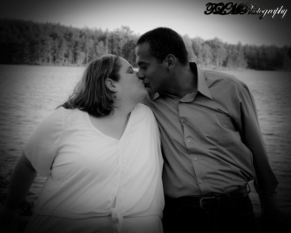 BridetobeJilly's Engagement Photos :  wedding engagement jillianandessam photos purple tlmphotography IMG 1703BW