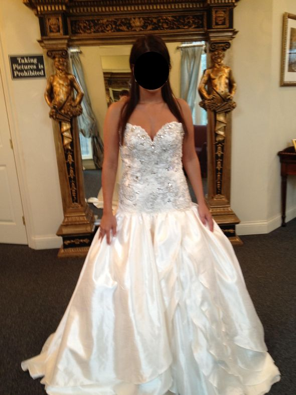 How much did you spend on your black tie formal wedding for How much to spend on wedding dress