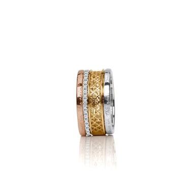 Non traditional engagement ring anyone junglespirit Choice Image