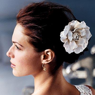 Short Veil With Organza Trim Ivory Gardenia Hair Flower wedding Spring06
