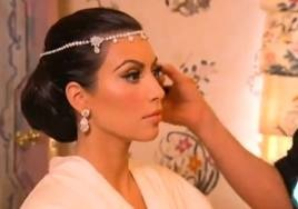 How do yall feel about FOREHEAD JEWELLERY on a bride