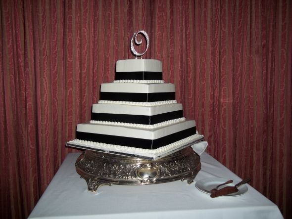 Simple cake with crystal monogram