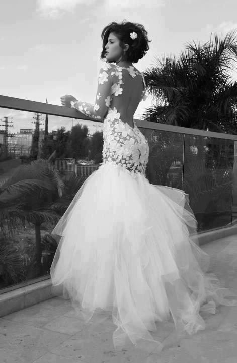 Post your stunning wedding dresses :)