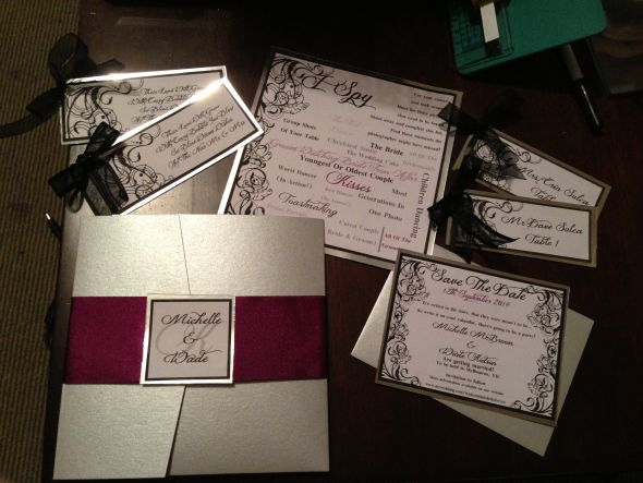 DIY Pocketfold invites and stationary