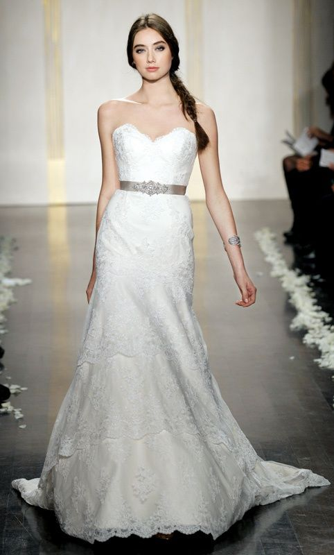 Is anyone selling the Tara Keely wedding dress styles 2206 or 2052? :)