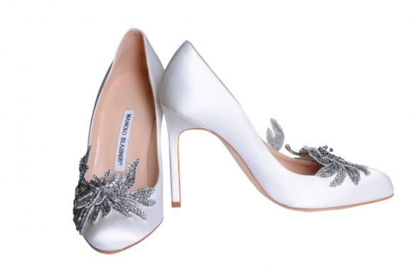 DIY Manolo Blahnik Swan Shoes
