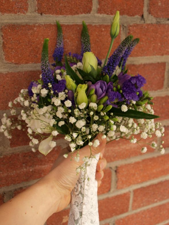DIY bouquet help – how to wrap the stems?