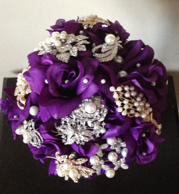 Diy Wedding Flowers Weddingbee : Diy brooch bouquet weddingbee photo gallery