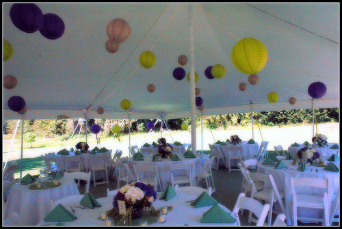 lameeka 39 s blog decorating your wedding tent take your tent 39s interior from plain to pretty. Black Bedroom Furniture Sets. Home Design Ideas
