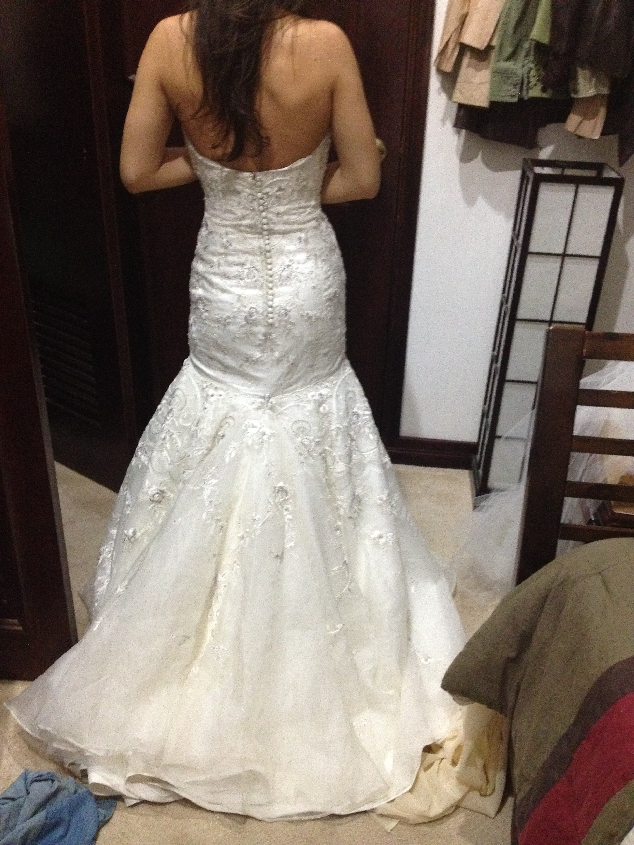 How to bustle my dress weddingbee for Wedding dress train bustle