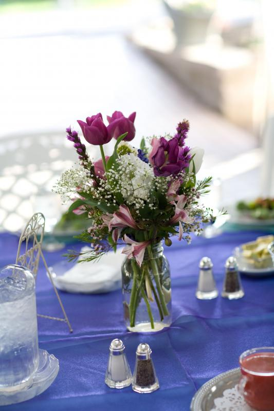 Mason jar centerpieces wedding mason jar flowers centerpiece Centerpiece