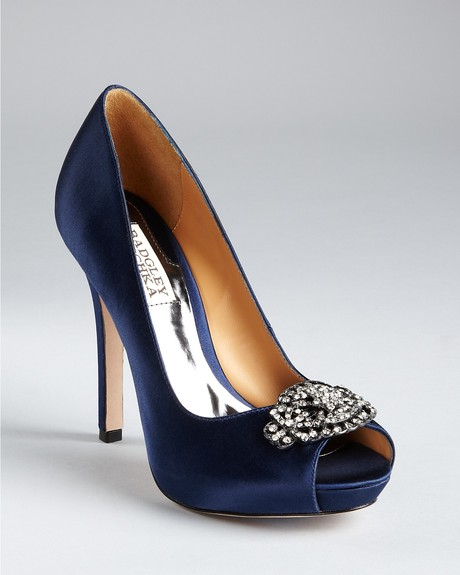 Cant decide on my blue wedding shoes pic heavy junglespirit Choice Image