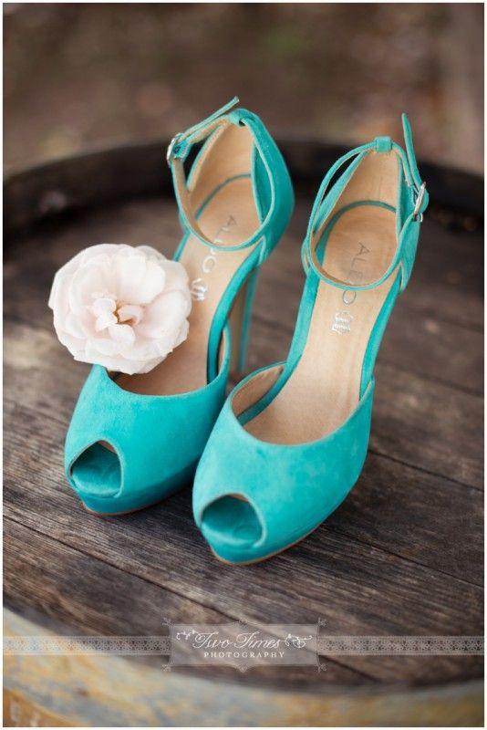 HELP! Trying to find teal/turquoise/aqua colored wedding shoes!