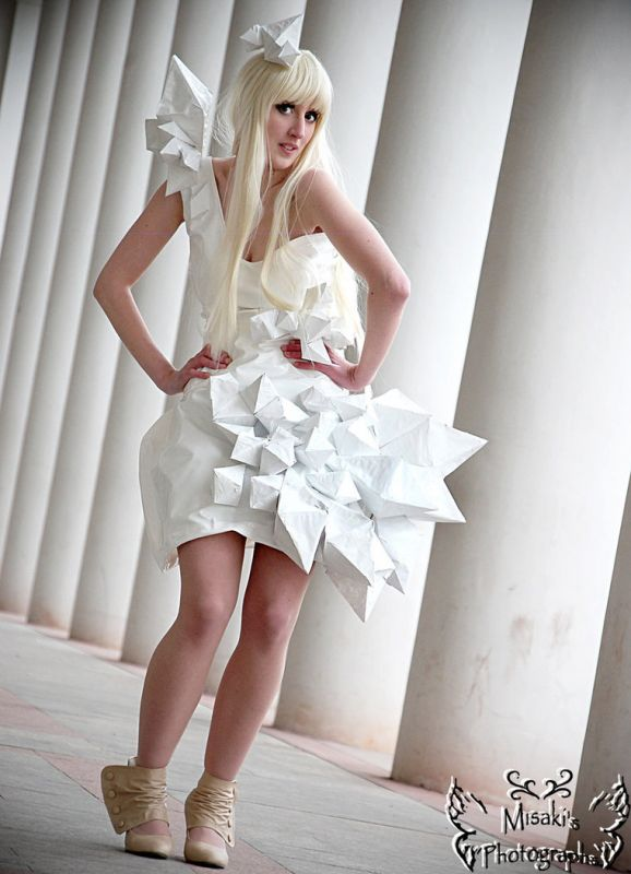 Artistic/Abstract/Avant-garde Wedding gowns?