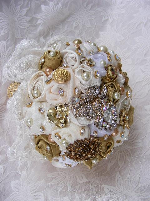 GOLDEN ERA Brooch bouquet with alencon lace wedding brooch bouquet